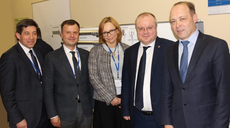 В АО «ИРМ» проведено совещание по вопросам развития ядерной медицины на Урале.